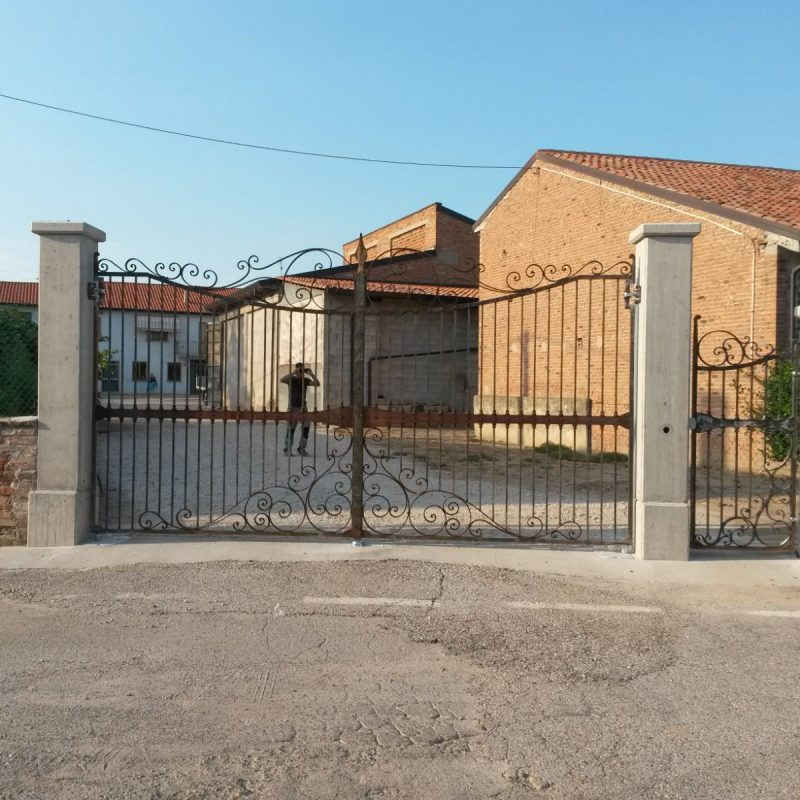 8-cancello